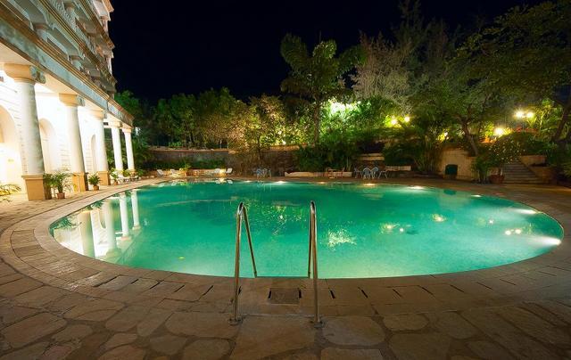Night_Pool