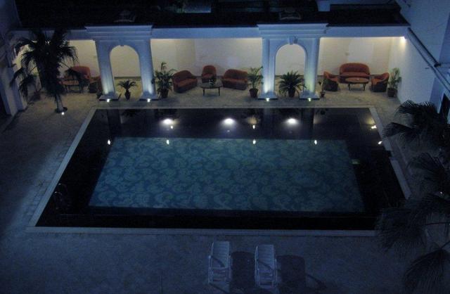 Ritz_Pool_Night