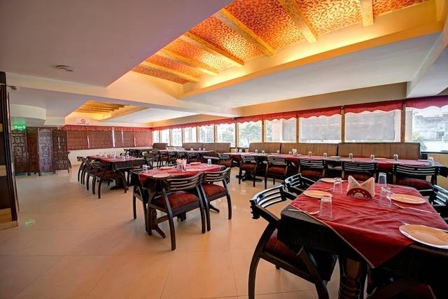 lounge_1_hotel_pr_residency_amritsar
