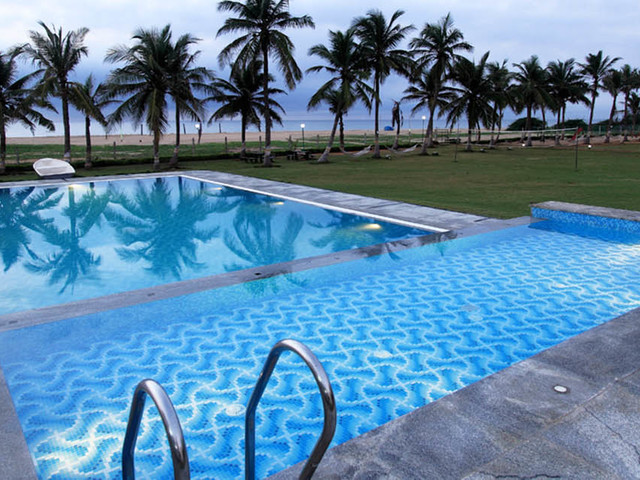 The ashok beach resort pondicherry room rates reviews - Beach resort in chennai with swimming pool ...