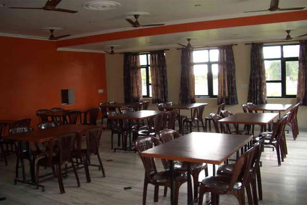 Gaurav_Hotel-Goverdhan2