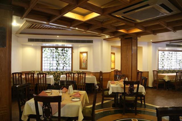 hotel-park-residency-delhi-restaurant-41642933fs