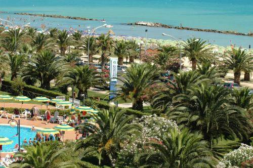 Residence Club Hotel Le Terrazze, Grottammare. Use Coupon Code ...