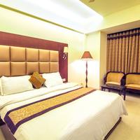 Gold_dlx_room