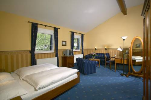 mD Hotel Alte Bauernschänke, Ruedesheim Am Rhein. Use Coupon Code ...