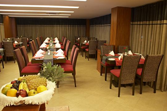 Royale_CUBE-_MultiCuisine_Restaurant