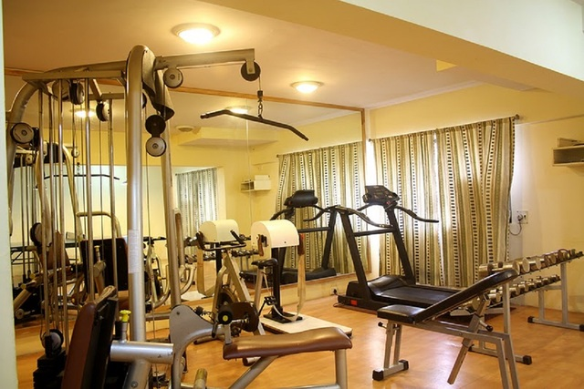K Stars Hotel, Navi Mumbai. Room rates, Reviews & DEALS