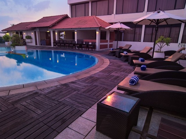 The sunway manor pondicherry use coupon code hotels get 10 off Budget hotels in pondicherry with swimming pool