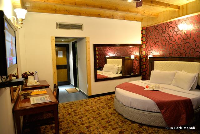 3._Honeymoon_Room_Pic_3
