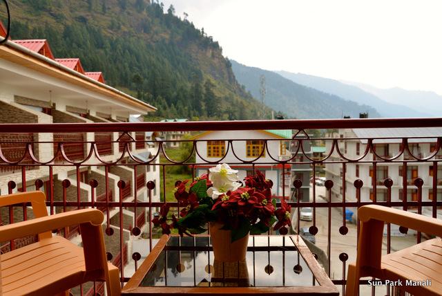 4._Private_Balcony