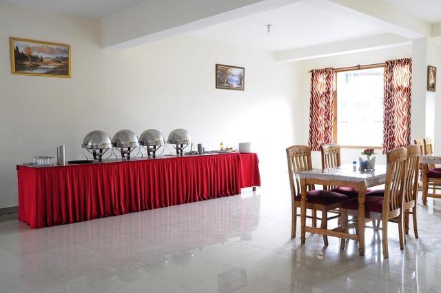 new-ambika-international-manali-new-ambika-international-manali-restaurant-112188299438-jpeg-fs