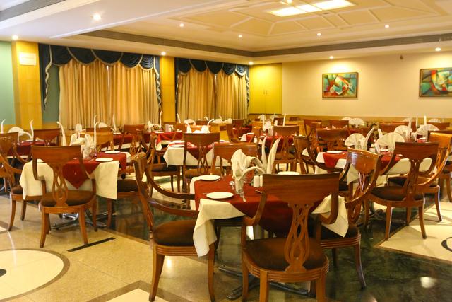 Restaurant_shot_2