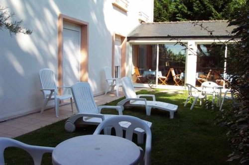 Hotel La Licorne, Carnac. Use Coupon Code HOTELS & Get 10% OFF.