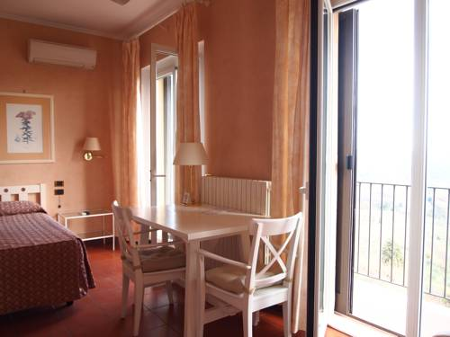 Hotel Bel Soggiorno, Castel San Gimignano. Use Coupon Code HOTELS ...