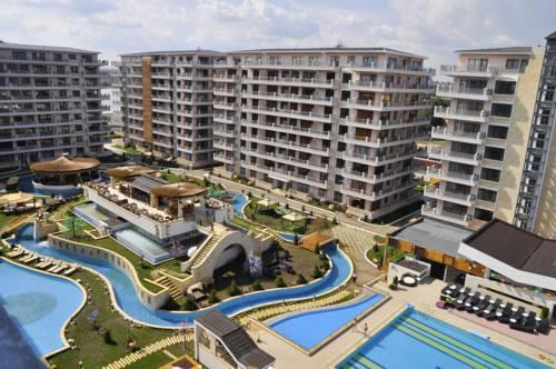 Phoenicia holiday resort mamaia use coupon code stayintl for Hotel phoenicia luxury 4 mamaia