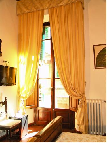 B&B Soggiorno Panerai, Florence. Use Coupon Code >> STAYINTL << Get ...