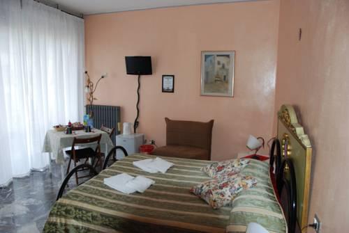Soggiorno Fortezza Fiorentina, Florence. Use Coupon Code HOTELS ...