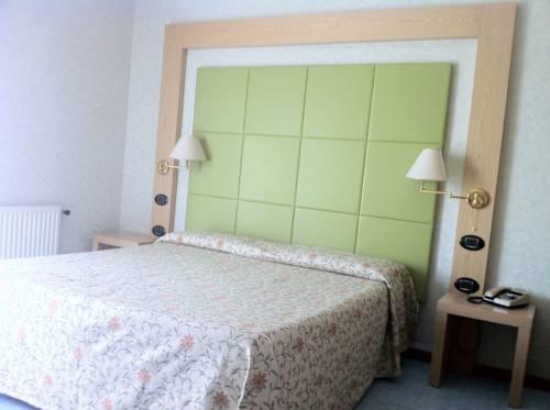 Hotel Lido, Deiva Marina. Use Coupon Code >> STAYINTL << Get ...