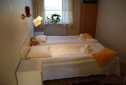 Bed and Breakfast Fyra Hästar, Rattvik. Use Coupon Code >> STAYINTL ...