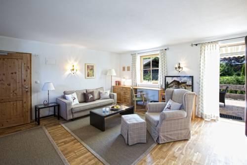 Landhaus Kitzhorn, Kitzbuhel. Use Coupon Code >> STAYINTL << Get ...