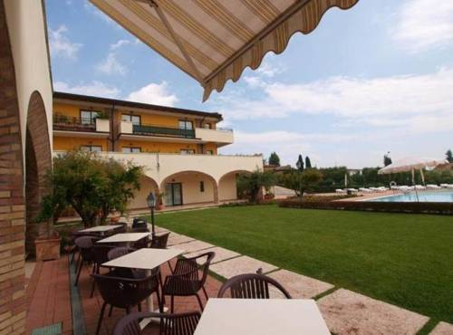 Residence Hotel Le Terrazze Sul Lago, Padenghe Sul Garda. Use Coupon ...