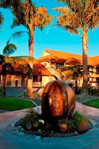 Regal Palms 5 Star City Resort Rotorua Reviews Photos Room Rates