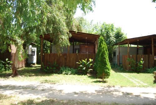 Camping Village Internazionale Lago Di Bracciano, Trevignano Romano ...