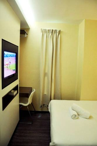 Smile Hotel USJ Subang Jaya Use Coupon STAYINTL Get