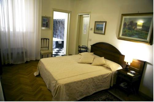Soggiorno Antica Torre, Florence. Use Coupon Code HOTELS & Get 10% OFF.