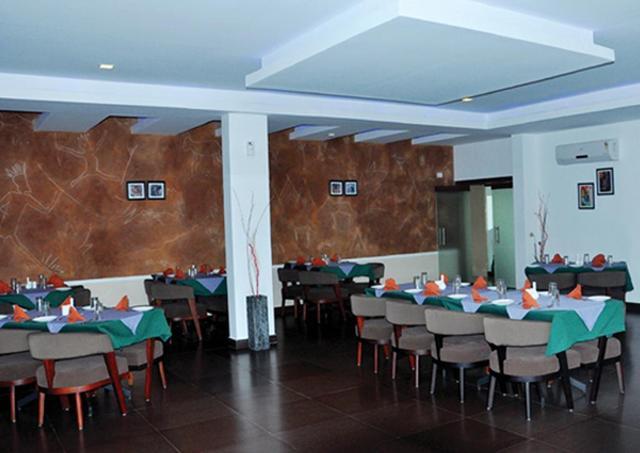 dining_area_1