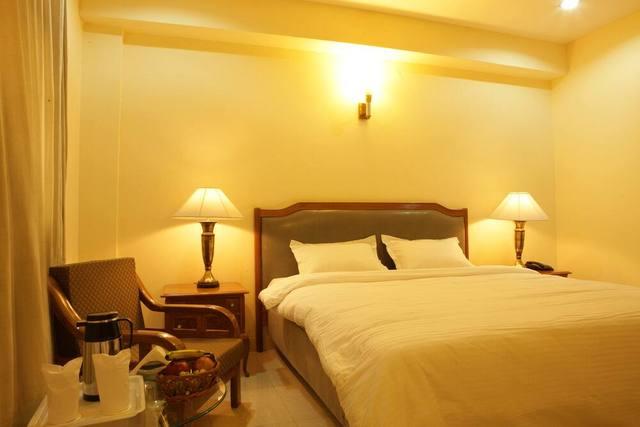 Deluxe_Room_3