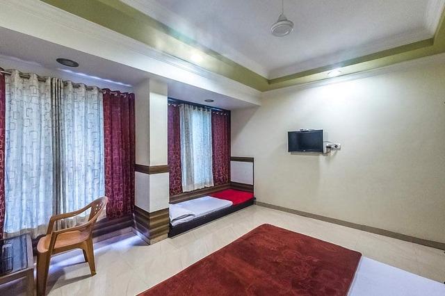 hotel-laxmi-g-h-shirdi-1477051980324jpg-112817880584-jpeg-fs