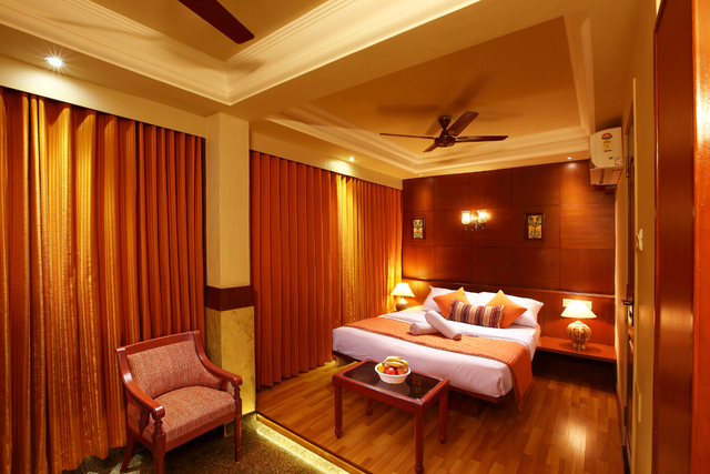 Rajdhani Hotel, Goa. Room rates, Reviews & DEALS