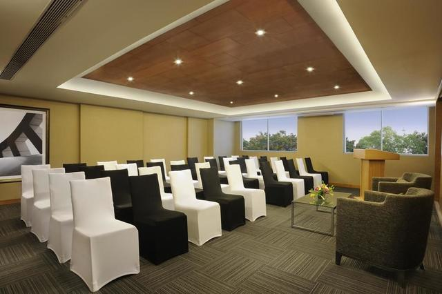 Double Tree Suites By Hilton Bangalore Bangalore Use