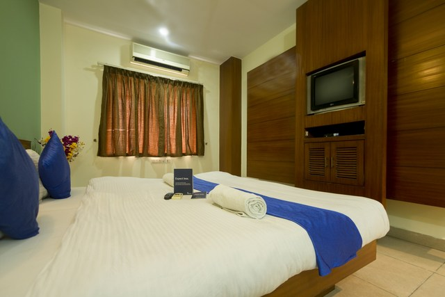 FabHotel Hallmark Inn Jubilee Hills, Hyderabad  Room rates