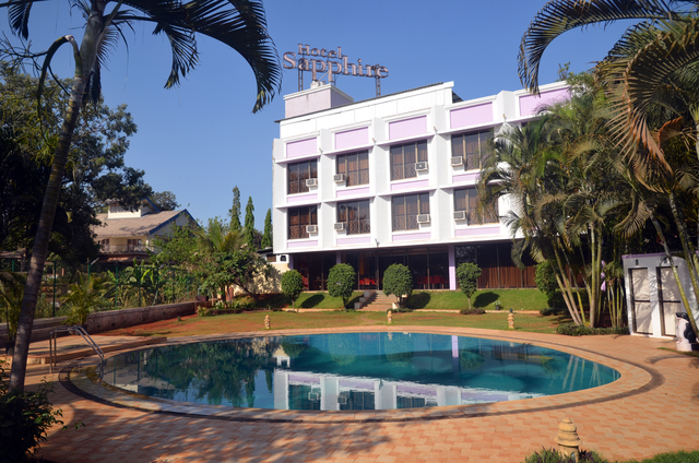 Hotel sapphire lonavala room rates reviews deals - Hotel with private swimming pool in lonavala ...