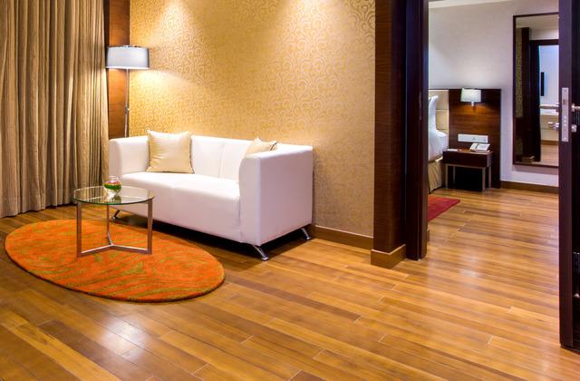 Suite_Room_(1)