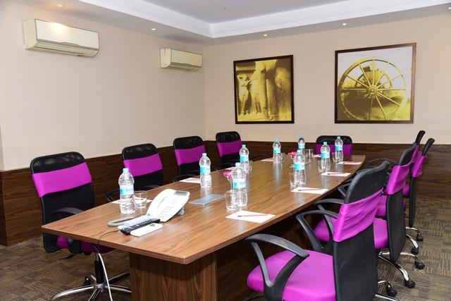 Meeting_Room_2