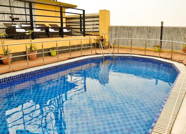 welcomeheritage-traditional-haveli-jaipur-pool1-86023349203-jpeg-fs