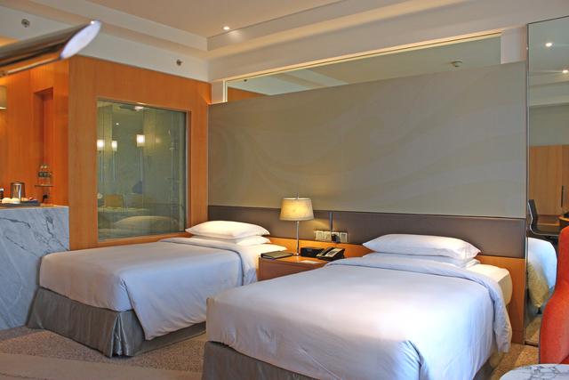 Standard_Twin_Room_(1)