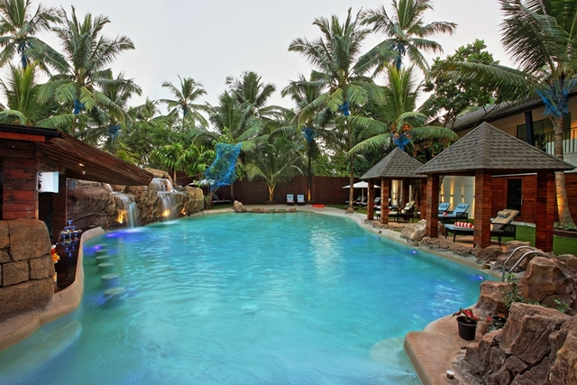 Novotel goa shrem hotel an accorhotels brand goa use coupon code bestbuy for Resorts in goa with private swimming pool