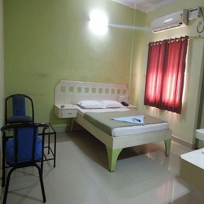 Hotel_Rainbow_Residency_(4)