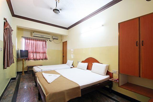 Rooms: Hotel VK Residency, Tirupati. Room Rates, Reviews & DEALS