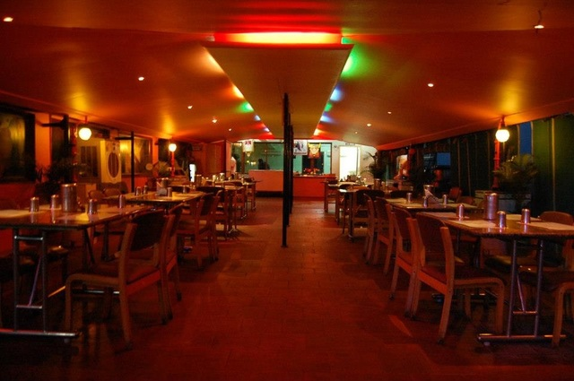 Roof_Top_MultiCuisine_Restaurant
