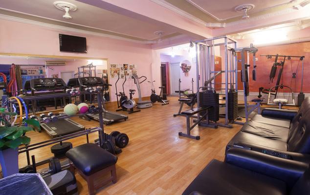 hotel-samrat-international-patna-gym-43178743417g