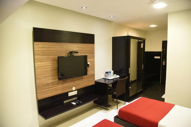 Mango_Comfort_Room_(1)