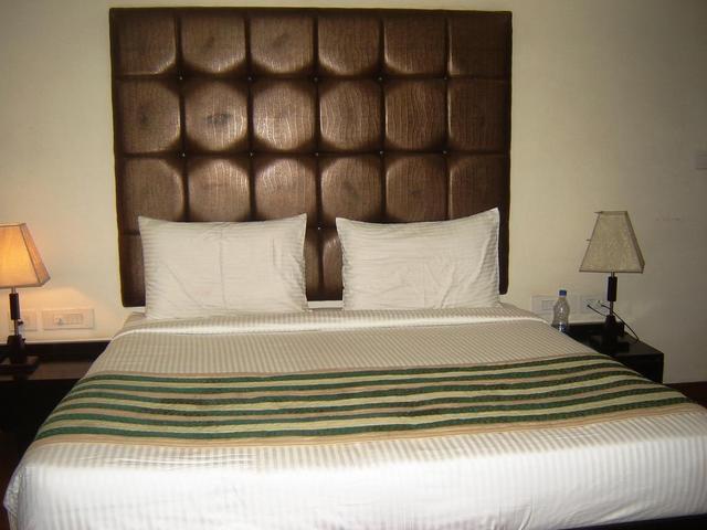 ananad_standard_room