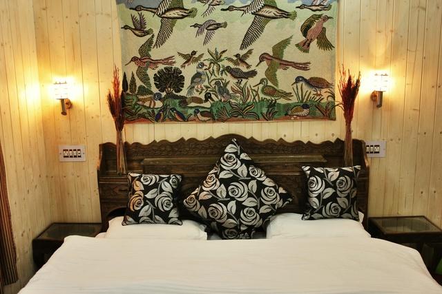 Luxury_room_3_1