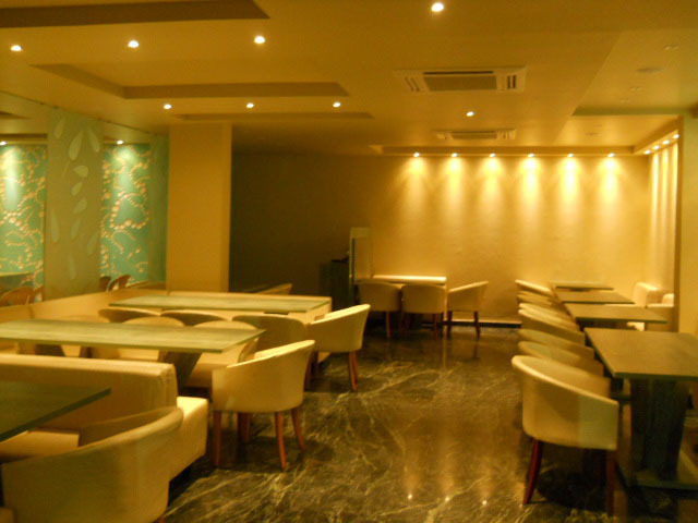 Grand-3D-Restaurant1