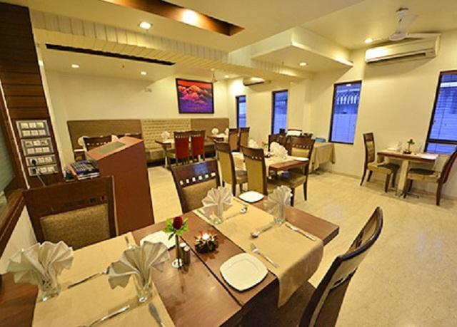 Shikar-Dining-room
